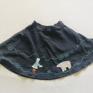GAP heather gray skirt with embroidered detail
